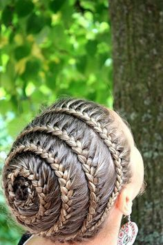 The Spiral Braid! Images and Video Tutorials! The Spiral Braid! Images and Video Tutorials! The post The Spiral Braid! Images and Video Tutorials! appeared first on Do It Yourself Diyjewel. Braided Hairstyles, Cool Hairstyles, Beautiful Hairstyles, Children's Hairstyle, Wedding Hairstyles, Braided Ponytail, Hairstyles Pictures, Hairstyles 2018, Hair Updo
