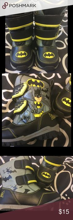 Batman Waterproof Boots These adorable waterproof boots feature Batman prominently while, keeping your little superhero warm, dry, and happy.☀️ Batman Shoes Rain & Snow Boots