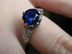 Wow, just beautiful. Sapphires are definitely best complimented by simplicity.