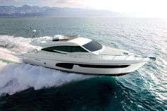 Ferretti Yachts | 650 New