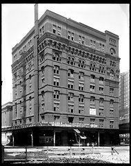 Streetscapes — Finn Square  - Legget Building - 1914 - NYTimes.com
