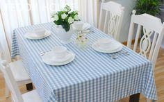 [สินค้าพร้อมส่งค่ะ]  ผ้าปูโต๊ะ ลายสก๊อตสีฟ้า 200x200 cm.
