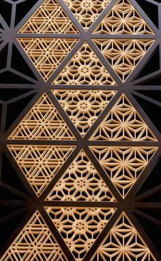 thekimonogallery:Japanese traditional wooden lattice work, Kumiko 組子
