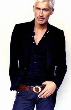 John Pieters (Jorge Gelati) City Boy, Books For Boys, Queen, Eye Candy, Honey, Handsome, Mens Fashion, Blazer, Jackets