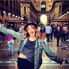 Mode Violetta découvrez le CV fashion de Martina Stoessel ! ❤ liked on Polyvore featuring martina stoessel