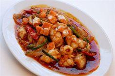 Plameuk Pad Nam Prik Pao (ปลาหมึกผัดน้ำพริกเผา) Stir-Fried Squid with Roasted Chili Paste