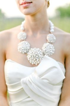 Amazing pearl necklace