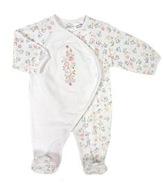 Very cute all over flower print babygrow Made from cotton jersey and elastane Machine washable Available in White Floral or Pink Floral Sizes N/B, Baby Boutique Clothing, Flower Prints, Beautiful Outfits, Girl Outfits, 12 Months, Cotton, Age, Clothes, Floral