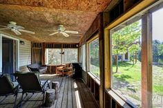 Cottage Vacation Rental - Lee Valley - Bug free views of the water from the Muskoka room!