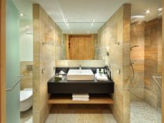 QUELLENHOF LEUTASCH ****S #quellenhof #leutasch #suite #garten #ski #olympia #wandern #loipe #langlauf #wandern #bike #vitalküche #leading #spa #resort #leadingsparesort #tirol #leading #spa #resort #австрия #хорошеесамочувствие Wellness Hotel Tirol, Resort Spa, Olympia, Alcove, Skiing, Bathtub, Bathroom, Bath Room, Bathing