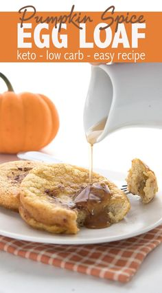 Easy pumpkin spice egg loaf with only 6 ingredients and total carbs! Tastes just like keto french toast. Easy pumpkin spice egg loaf with only 6 ingredients and total carbs! Tastes just like keto french toast. Low Carb Breakfast Easy, Keto Diet Breakfast, Breakfast Recipes, Breakfast Ideas, Breakfast Gravy, Breakfast Cookies, Breakfast Casserole, Low Carb Desserts, Low Carb Recipes