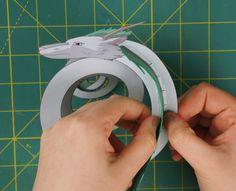 Otaku Crafts: Dragon Haku (Spirited Away) Ornament Crafts For Kids To Make, Art For Kids, Chihiro Y Haku, Paper Art, Paper Crafts, Chinese Crafts, Anime Crafts, Dragon Crafts, Snowman Crafts
