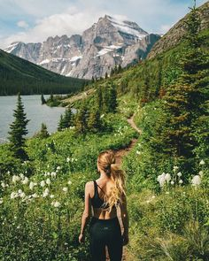 Glacier National Park with Nicole Knox Destinations, Hiking Photography, Adventure Photography, Rando, Walk In The Woods, Camping Life, Plein Air, The Great Outdoors, Travel Photos