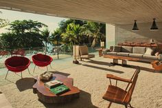 You can find the finest examples of modernist architecture in Brazil, Argentina and Portugal.