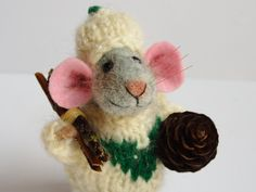 Needle felted Mouse with pine cone and firewood. Dressed Mouse. Knit sweater…