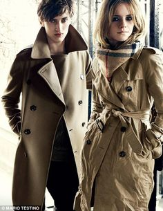 Burberry Fall Winter Campaign featuring Emma Watson enhancing the London neigborhood feel of the campaign photographed by legendary Mario Testino. Burberry Winter Coat, Burberry Trench Coat, Burberry Scarf, Trench Coats, Winter Coats, Fall Winter, Mario Testino, Jane Birkin, Emma Watson Style