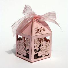 "Laser cut favor box - ""Chrysanthemum"""