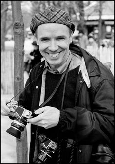 """""""In Memoriam: Legendary Bill Cunningham, a true life and art inspiration, pioneer of the street style photography. Bill Cunningham, photograped by Arthur Elgort in """" Bill Cunningham New York, Arthur Elgort, Monsieur Madame, The New Yorker, Look At You, Fashion Games, The Life, World Of Fashion, Leica"""