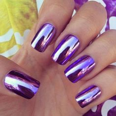 We know that how much girls are obsessed with with cool metallic nails and Mirror nails these days.Mirror and metallic nails fashion has become more popular than any other nail art these days. Purple Nail Art, Purple Nail Designs, Purple Nail Polish, Purple Chrome Nails, Purple Manicure, Polish Nails, Ombre Nail, Chrome Nail Colors, Fingernail Polish Designs