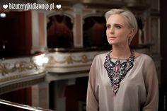 http://charytatywni.allegro.pl/kolia-queen-elizabeth-rubiny-szafiry-bizuteryjki-i1227132