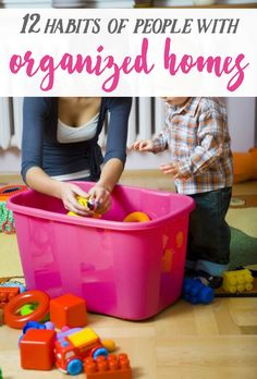 12 habits of people with organized homes! These are some of the best tips if you are wanting help cleaning out! Organization Station, Storage Organization, Household Organization, Cleaning Solutions, Cleaning Hacks, Konmari, Diy Cleaners, Money Saving Tips, Getting Organized