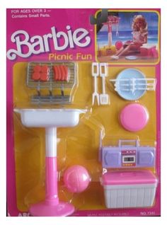 Barbie Picnic Fun Set by Mattel, 1990's - Note that this set does not have the Barbie name on the cooler.