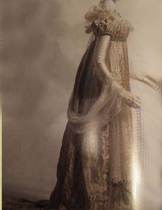 Elegant Dress Regency, Victorian, Statue, Elegant, Dresses, Fashion, Classy, Vestidos, Moda