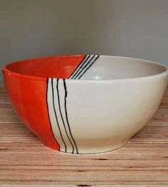 Orange House Medium Stoneware Serving Bowl