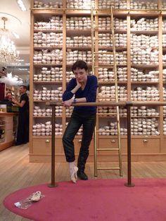 clairemarie osta Ballet Wear, Ballet Dance, Dance Shops, All About Dance, Cool Dance, Nureyev, Ballet Beautiful, Pointe Shoes, Wall Pictures