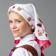 Headscarf for bunad from Åmli, Norway, in Aust-Agder (East Agder) Norway Culture, Folk Costume, Costumes, Character Bank, Headgear, Traditional, Blond, Europe, Country
