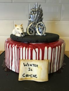 Game of Thrones Winter is Coming cake