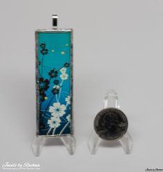 Black and White Flowers Microslide Pendant