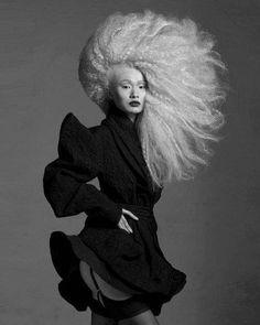 strangelycompelling:    Hair - Steven Carey,Photographer - Clive Arrowsmith  SC|SC on Facebook