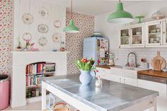 我們看到了。我們是生活@家。: 粉嫩繽紛的廚房,來自比利時的生活家Yvonne Eijkenduijn