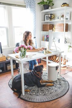 Natalie Comstock runs not one but twobusinesses from her dreamy home office:her blog...