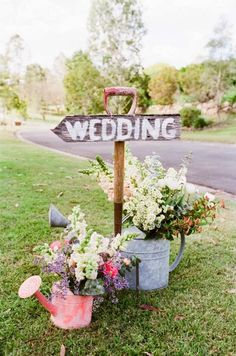 Memorable Wedding: Garden Wedding Ideas - The Perfect Theme For Your Spring Wedding Plans