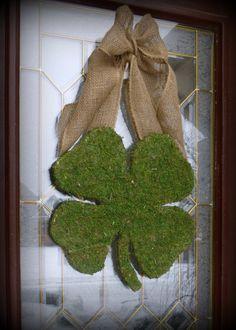 Patricks Day Wreath - XL Moss Shamrock - Moss Covered Wood Shamrock with Rustic Burlap Bow. NEW Original, via Etsy. Holiday Crafts, Holiday Fun, Holiday Ideas, St. Patricks Day, Saint Patricks, St Patrick's Day Decorations, Outdoor Decorations, Burlap Bows, Wreath Burlap