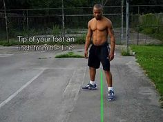 Boxing Stance - Step by step instruction Karate Training, Boxing Training, Boxer Workout, Boxing Stance, Boxing Drills, Self Defense Moves, Martial Arts Techniques, Boxing Club, Step By Step Instructions