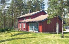 Holiday home D�lemo Hytte D�lemo Holiday home D?lemo Hytte is a holiday home with a sauna, set in ?vre Ramse. Guests benefit from free WiFi and private parking available on site.  There is a seating area, a dining area and a kitchen equipped with a dishwasher.