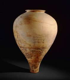Pottery vase  2500-2000 BC  Indus Valley Civilisation