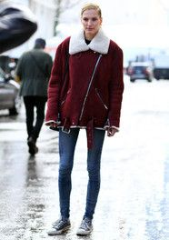 You wouldn't think of pairing sneaks with this outfit, but obviously she knew it worked!
