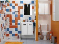 Petite salle de bains coloree