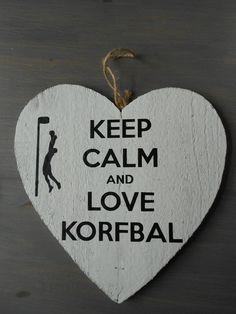 Keep Calm and love korfbal, cadeautje voor de trainers als bedankje! Gesneden uit zwart vinyl