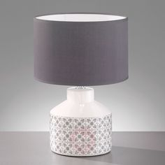 Bordlampen Öland - tidløs lyskilde Decor, Lamp Shade, Lighting, Lamp, Table, Home Decor, Shades