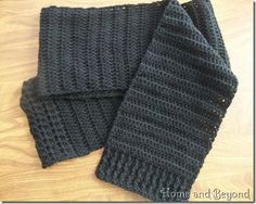 Simple Scarf for a Homeless One by Suzanne Broadhurst. Free crochet pattern, worsted weight yarn, 4mm hook.