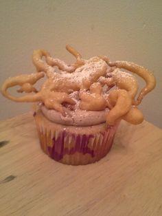 Funnel cake cupcake
