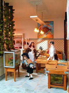 Die Fisch Abteilung im größten Miniatur Kaufhaus der Welt.