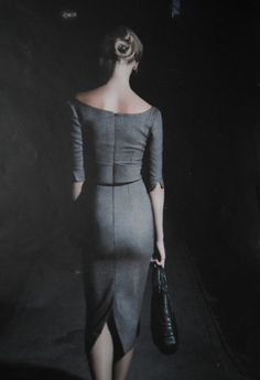 skirt, outfits, silhouett, alexander mcqueen, style, man hair, fashion chic, offic, grey dresses