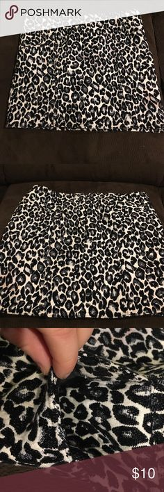 Black and white cheetah skirt Worn few times. Cute for a winter occasion! Forever 21 Skirts