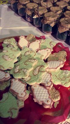 Sugar Cookies for a mehndi @henna_bybella